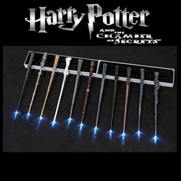 led luminosi bacchette di harry potter Sconti Accessori per la casa di Harry Potter magia LED bacchetta Cosplay ardore Magic Wand Illuminazione di Harry Potter con il contenitore di regalo del partito Ocean Shipping HHA1574