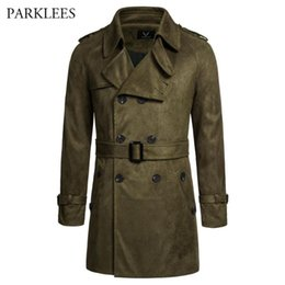 Trincheira de camurça on-line-Suede Trenchcoat Homens Britânico clássico Estilo Mens Trench Jacket Abotoamento longa Outwear Windbreaker Belt Blends Coats
