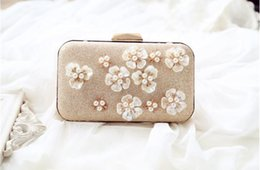 Borsa a tracolla online-Borse di Golden Flowers Evening Clutch Bag Women Wedding lucido borse da sposa dell'arco del metallo frizioni tracolla a catena Bag
