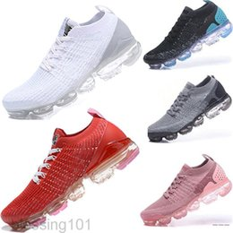 Mens sapatos de crocodilo casuais on-line-2020 Malha 2.0 Fly 3.0 Sapatos Casuais Triple Preto Branco Fumo Fumo Ginásio Ginásio Vermelho Orbit Crocodile Mens Trainers Mulheres Esporte Sneakers BT1T