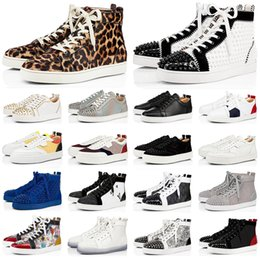 Nuove scarpe da ginnastica alte online-Fashion Designer Luxury Red Bottoms scarpe Uomo Donna Studded Spikes piattaforma sneakers vintage In vera pelle rivetto casual Sneaker taglia 36-45