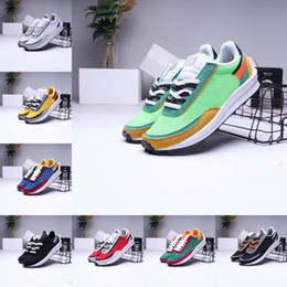 Billige high fashion mens sneakers online-New Mens Running Sports Shoes Fashion LDV Waffle Women UNDERCOVER Waffle Racer Black White Daybreak Trainers Varsity Designer SNEAKERS G55