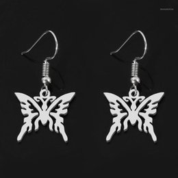 disegni pendente a farfalla Sconti Orecchini della farfalla carina per le donne Punk Gothic Design in acciaio inox Hollow Butterfly Orecchini Pendant Charms Girl1