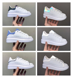 Sport-tennisschuhe online-Schuhe White Green SuperStar Trainer Lace up Sliipers Skateboarding Casual Shoes Leather Fashion Tennis Sneakers