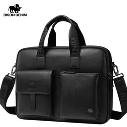 "Bolsa de laptop 15,6 ombro on-line-Bison Denim Brand New Men Bag Genuine Leather Handbag Masculino 15.6 ""Laptop Pasta Clássica Preto Crossbody Bag W20043"