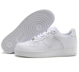 sandales femmes noires Promotion air force 1 One dunk low AF1 Hommes Femmes Casual Shoes des chaussures Classic High Low Triple White Black Brown sandal Outdoor Fashion Sports Trainers Sneakers