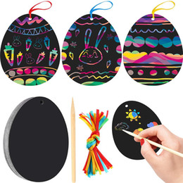 Внеплановый онлайн-Scratch Paper Art Set Easter Black Scratch it Off Paper Crafts Notes Drawing Boards Sheet with Wooden Stylus and Hanging Rope CCD3953