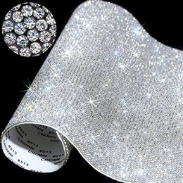 Klebewagenaufkleber online-20 * 24cm über Self-Adhesive Rhinestone-Aufkleber-Blatt-Kristallband mit Gum Diamanten Sticks für DIY Dekoration Autos Phone Cases Cups DWA1767