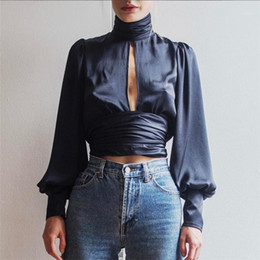 2021 camicetta di pizzo posteriore sexy New Spring Autunno Autunno Vintage Sexy Lace Up Bow Satin Blouse TurtrleNeck Camicia Backless Open Back BlusAS Donne a maniche lunghe