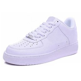 2021 hommes sandales basses Air Force 1 One dunk low AF1 Men Women Hommes Femmes Casual Shoes des chaussures Classic High Low Triple White Black Brown sandal Outdoor Fashion Sports Trainers Sneakers