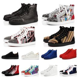 Sapatos de vestido on-line-Top Quality masculinos femininos vestidos sapatos red bottom fashion Black Leather Spike tênis vermelho branco amarelo Party Wedding des chaussures