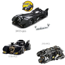 Modello batmobile online-Blocks di vendita di vendita caldi Giocattoli del 1989 Batmobile Car 76139 The Tumbler 76023 The Ultimate Batmobile Model Car for Kids Gets X0102
