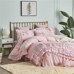 conjunto coreano de cama tamanho completo Desconto Frete Grátis Algodão Coreano Princesa Ruffles Lace Cake Layer Pink Bordado Bedding Set Twin Full Queen King Size Cama Skirt Skirt YYX