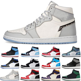 Sapatos masculinos spiderman on-line-Top Jumpman 1 1s Homens Mulheres Basquetebol Sapatos Bloodline Sheaterman Spiderman Chicago Tubro Verde Mens Trainers Sport Sneakers