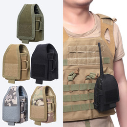 Casi di walkie talkie online-Tattico Molle Walkie Talkie Pouch Bag Interphone bagagli Attività Molle Radio Pouch per l'uso Walkie Talkie Caso Holder