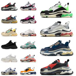 Chaussures femme beijing en Ligne-Top Fashion Triple S Triple S Plat Casual Chaussures Hommes Femmes 17fw Paris Triple Triple Beijing Bleu Triple White Designer Plate-forme Vintage Sneakers 36-45
