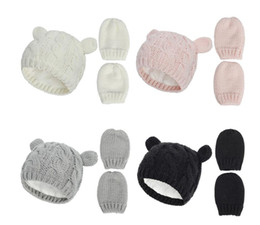 Cappelli del beanie del bambino online-New Baby Kids Girls Boys Winter Warm Warm Knit Hat Ear Solido Caldo Guanto Carino Glove Lovely Beanie Cap 0-18m DB151