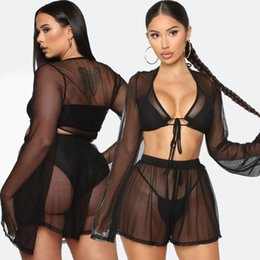 Manga curta cardigan preto de renda on-line-Sexy Preto Long Sleeve Cardigan Night Club 2 Piece Set See Trough malha Outfits Partido Lace Up shirt e calções transparentes