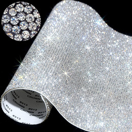 Klebewagenaufkleber online-20 * 24cm über Self-Adhesive Rhinestone-Aufkleber-Blatt-Kristallband mit Gum Diamanten Sticks für DIY Dekoration Autos Phone Cases Cups RRA3704
