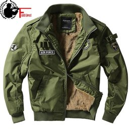 Stile militare uomini giacca verde online-Bomber Giacca MA1 Air Force Pilot Casual Nuovo Arrivo ARRIVO MILITARY STYLE UOMS PETTO FLEECING VELVET GAINTER INVERNO GREENGER BLU KHAKI Y201026