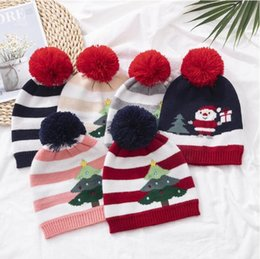 Вязаные шапочки онлайн-Children Knitting Hat Striped Xmas Tree Pattern Warm Hat Winter Outdoor Baby Ski Caps kids Pom Pom Beanies Baby Warm Skull Cap EEC2761
