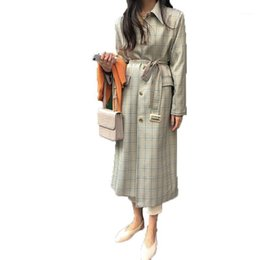 cappotto donne coreano trincea Sconti 2020 Vintage Plaid Donne Cappotto da donna Coreano a vento Femmina Female Trench Coat Single Breasted Lace Up Ladies Long Chic Trench Cappotti L961