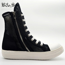 Stivali neri dell'hip hop online-Black Street 2020 Summer Street Fashion Net Nylon Hollow Luxury Trainer Boots Rock Hip Hop Traspirante Stivali Altissimi Amanti Scarpe1