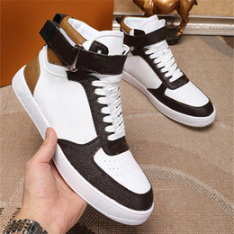 Tatuagens superiores on-line-Rivoli Trainers High Top Luxurys Designers Sneaker Luxembourg Lace Up Vintage Sapatos Casuais Chaussures Calfskin Tattoo Trainers
