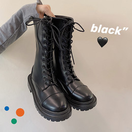 Zapatos de calle coreanos online-Street Shot Martin Boots 2020 New Fall Korean Version Plus Velvet Retro British British Thick Thick Black Shoes Mujer C1120