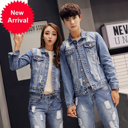 2021 mens giacca di jeans vestito  Autunno Korea Mens Denim Giacca Due pezzi Set Slim Fit Hole Strappato Jeans Casual Unisex Cowboy Outfit Abbigliamento Abbigliamento Set di abbinamento
