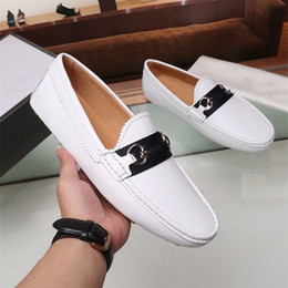 Zapatos belgas online-Zapatillas de cuero de patente de moda Bowknot Slip-on Oxfords Belga Mocasines Black Bow Wedding Flats Hecho a mano Vestir zapatos