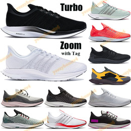 Amarillo londres online-Zoom Knit Pegasus Fly 35 Hombres Mujeres Running Zapatos Turbo Entrenadores Black Vast Wolf Gray Blanco Hot Punch Partille Rose London Sneakers Tag