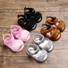 Scarpe primi passi online-Summer Baby Girls Scarpe Neonato Nuovo First Step Toddler Baby Fashion PU Plush Ball Ball Casual Shoes Shoes Shoes