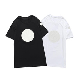 T shirt e online-2021 New Luxur Ricamo Tshirt Moda Personalizzata Uomini e Donne Design Design T-shirt femminili Magliette Alta qualità Black and White100% Ct