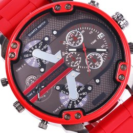 2021 relojes del ejército rojo Big Red Watch Men Digital Doble pantalla creativa Falso Falso de 2 ojos Hodiny Steel Band Army Man DZ Watch 7370 China Marca Relojes 210303