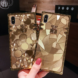 girly iphone Sconti Luxury Gold Quadrato Metallo Rivet Shiny Girly Case Copertura posteriore per iPhone 12 11 Pro XR XS Max X 8 Samsung S10 Plus S10E Nota 9 10 10+ S20 Ultra