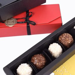 Approvisionnement en chocolat en Ligne-Mode Chocolate Paper Box Black Red Fête Chocolat Cadeaux Packaging Boîtes pour Saint Valentin Fournitures d'anniversaire de Noël Dwe3110