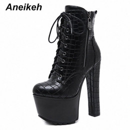 Botas de tornozelo punk chunky on-line-Aneikeh Sexy High Platforms Women Cross Tied Ankle Boots Punk Pu Leather Motorcycle Boots Night Club Shoes Woman Chunky Heels h6uw#