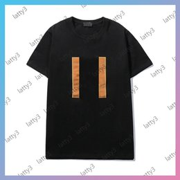 Marche t-shirt donna online-Fashion Brand Designer Men T-shirt Tops 2021 Girls Mens Tshirt Maniche corte Designer Summer Designer Tees per le donne Top Lady Shirt