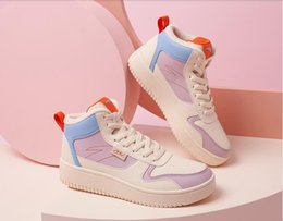 2021 top siti web  Anta Donne Scarpe da donna Lace Up Bordo Ufficiale Sito Web Flagship High Top Autunno Inverno Sport Bianco Sport Casual Skateboard