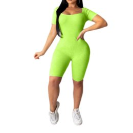 2021 bodysuits trasversali Donne Estate Bodysuits O-Neck Sexy Indietro Cross Romperes Moda Night Night Club Heartsuits Slim Slim One Piece Autuits