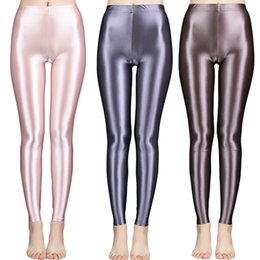 Calze lucide online-New Satin Glossy Pantyhose Sexy Calze Sexy Shiny Yoga Pants Pants Leggings Sport Collant Donne Fitness Vita alta Vita di collana collantSoCer