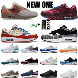 Solo scarpe sportive online-2019 Nike Air Max 1 atmos 1 allevati Just Orangel White Patch Atomic Teal Parra University Blue 87 da donna sneaker sportive sneakers OFF Max 36-45