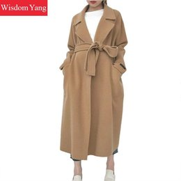 Abrigo de lana blanca online-Winter Coat Warm White Camel Sheep Wool Abrigos Mujeres 2021 Slim Belt Plus Extraso largo Bodycon Casual Woolen Outerwear Outerwear Ble Ble