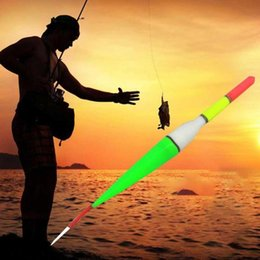 Imbarcazione online-1/2 / 3pcs 15 cm LED Pesca Float Light Electric Light + Battery Deep Water Tackle Ocean Boat Accessori per ingranaggi