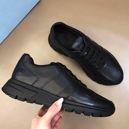 2021 sapatos elegantes rendas Mens Designer Prax 01 Sneakers Lace-up Plataforma Elegante Runner Trainers Luxo Sapatos De Borracha Sola Top Qualidade com Box 276