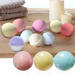 Olio da bagno spa online-Colore Casuale naturale Bubble Bath Bomb Palla olio essenziale Handmade SPA Bath Fizzy regalo di Natale per lei 40g