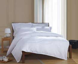 Wholesale Luxury Beds - 100% Egyptian cotton luxury elegant satin strip white hotel bedding sets bed linen duvet cover set bed set