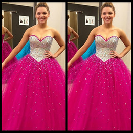 Wholesale Ball Gown Fuschia - Luxury Sweetheart Neckline Prom Dresses Fuschia Crystal Beads Ball Gown Quinceanera Dresses 2016 New Arrival