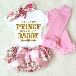 vestiti della neonata del papà Sconti Neonata 4 pezzi Set di abbigliamento Infant INS Onesies Pagliaccetto + pantaloncini floreali + Fascia + leggings Set I Found My Princess Il suo nome è papà
